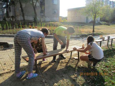 За общежитието с любов! Новия проект на младежите в ЦПЛР Ученическо общежитие Ловеч  - Изображение 5
